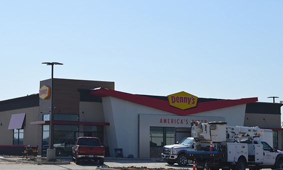 Dennys and Fuzzys Taco buildings being built